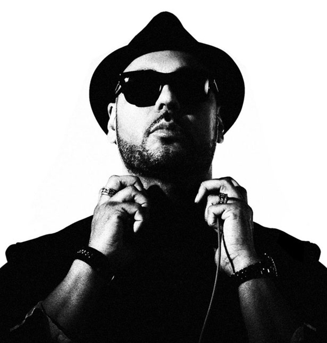 "Roger Sanchez's New Single ""Troubleman"" MP3"